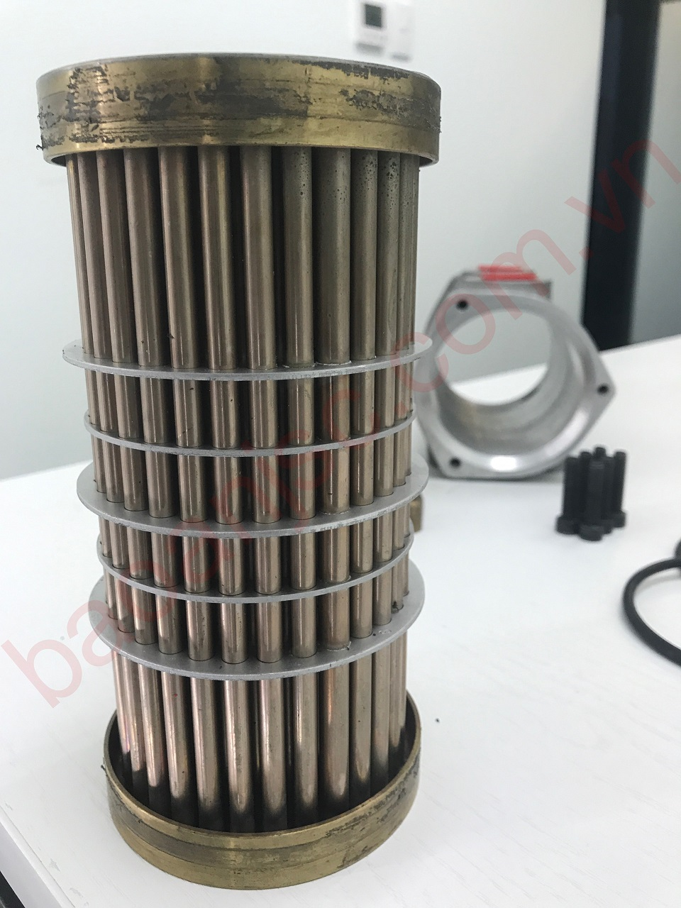 Bo tri duong ong trong bo oil cooler ALLIED HEAT TRANSFER - BOWMAN